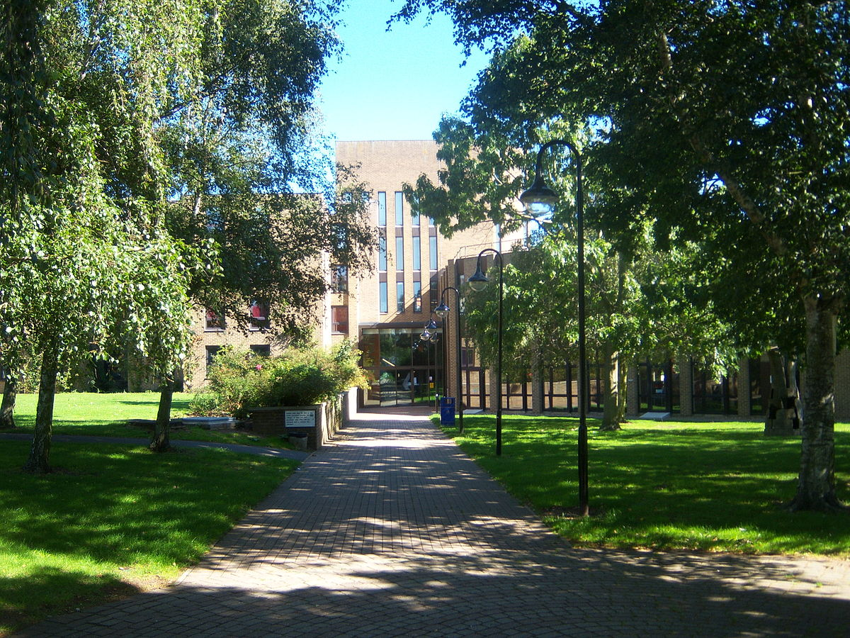 达尔文学院