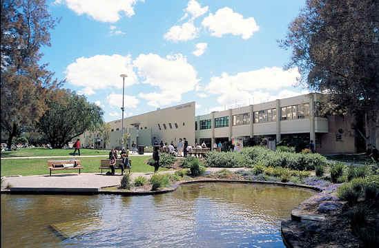 澳洲八大名校之一蒙纳士大学奖学金知多少