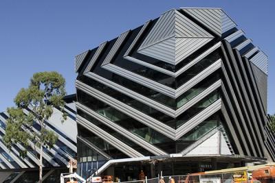 澳洲八大蒙纳士大学3万人民币助学金等你拿!