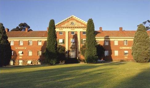 2014年澳洲阿德莱德大学预科申请入学要求有哪些