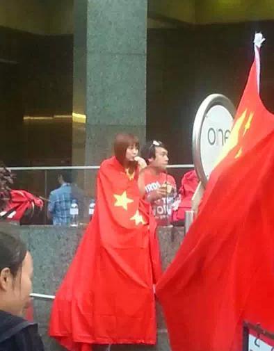 今日悉尼:为何红艳艳的五星红旗满街飘