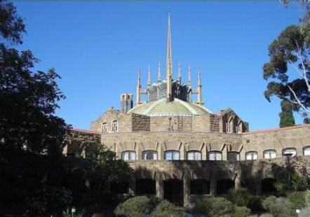 澳大利亚留学墨尔本大学经济学课程设置详细介绍