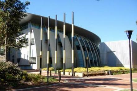 澳洲查尔斯特大学教育特色优势介绍,让你选择更有把握