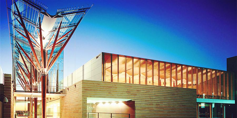 易申网:新南威尔士大学工程等热门专业最新申请要求