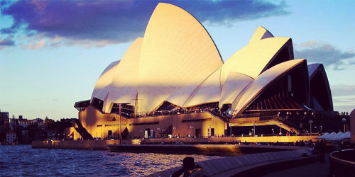 澳洲留学申请如何做到最省钱? - 易申网 - 易申网——免费留学申请澳洲站
