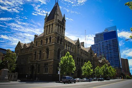 昆士兰大学商学院