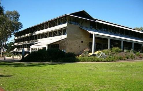 澳洲工科大学排名