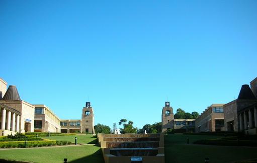 详解澳洲大学申请的具体时间