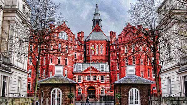申请英国留学,你需要了解英国双录取大学排名
