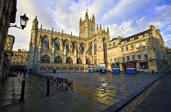 英国留学奖学金项目申请需提前准备