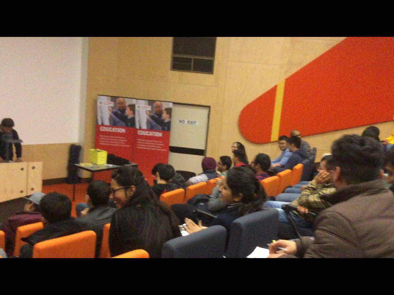 拉筹伯大学,澳洲留学经历,澳洲免费留学申请,澳洲华人国际学生会议