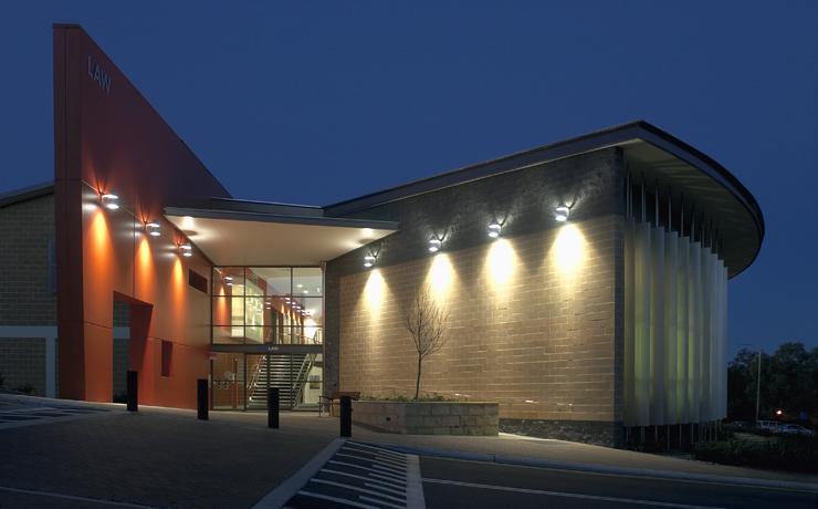 澳洲兽医专业排名一览 两大优质院校概述