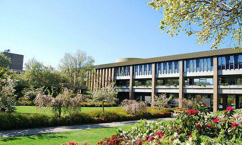 拉筹伯大学预科申请条件及入学时间详解
