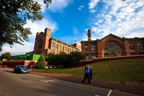 英国大学化学专业排名揭晓 不得不知的五大名校