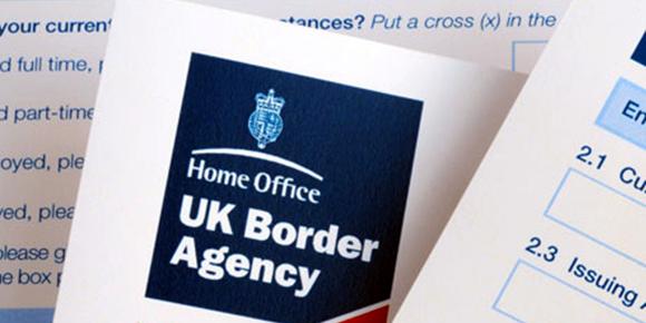 入境英国要注意什么?如何填写入境卡