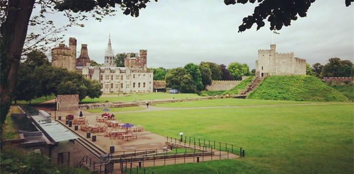 与城堡为伴的大学——卡迪夫大学