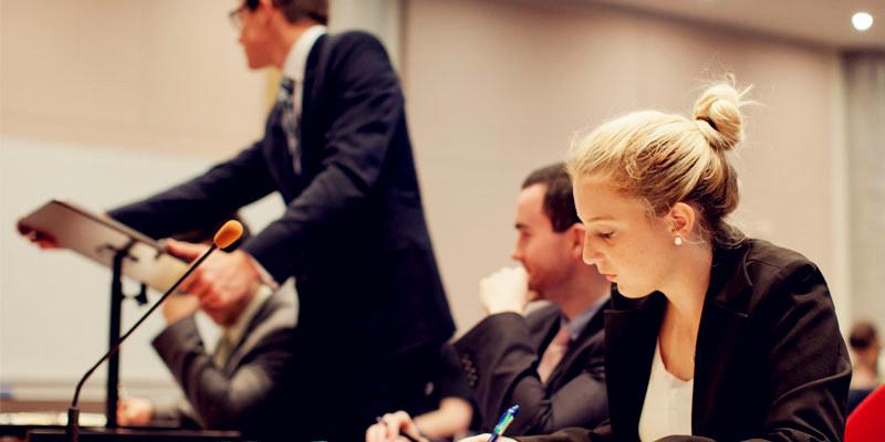 澳洲留学热门专业,澳洲留学法律专业,澳洲留学高薪专业