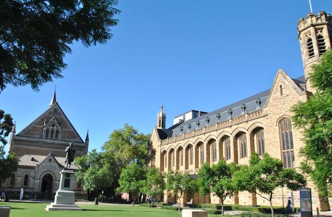 阿德莱德大学语言课程大揭秘    成绩不够也能上名校