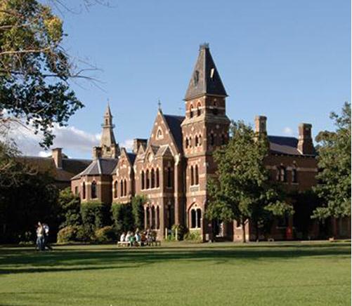 墨尔本大学生活费