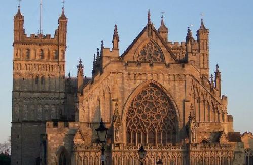 爱丁堡大学和巴斯大学哪个好呢?三大优势对比PK