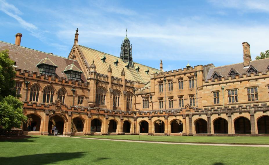 澳洲初中留学费用最新介绍   公立私立学校学费对比介绍