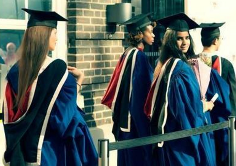 英国大学研究生学费需要多少?全球最热门的留学国家