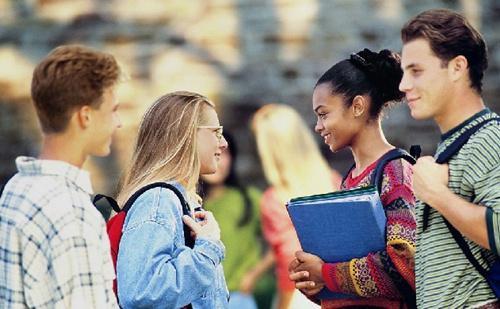英国大学商务管理专业有哪些名校推荐?就业前景如何呢?
