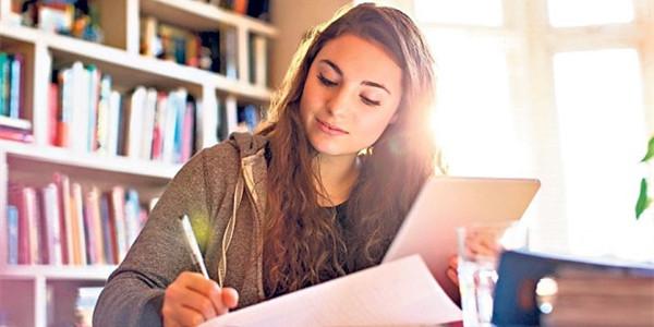 英国留学,英国大学论文,免费留学申请