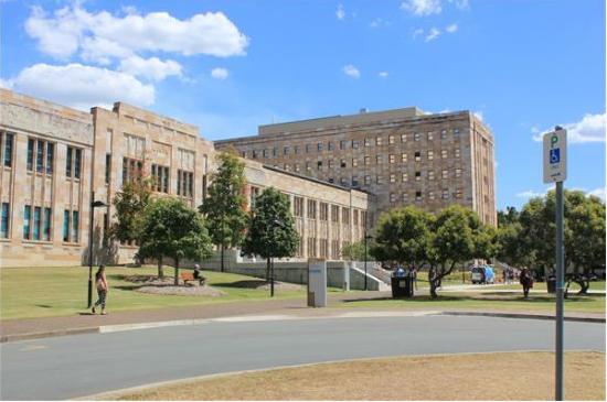 昆士兰大学硕士申请材料汇总一览  申请留学帮你省时更省力