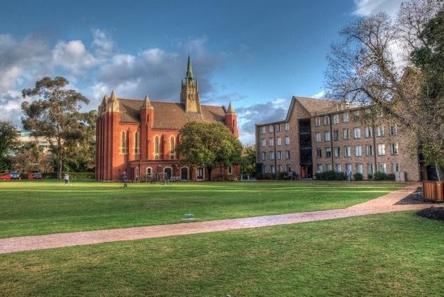 澳洲八大入学要求