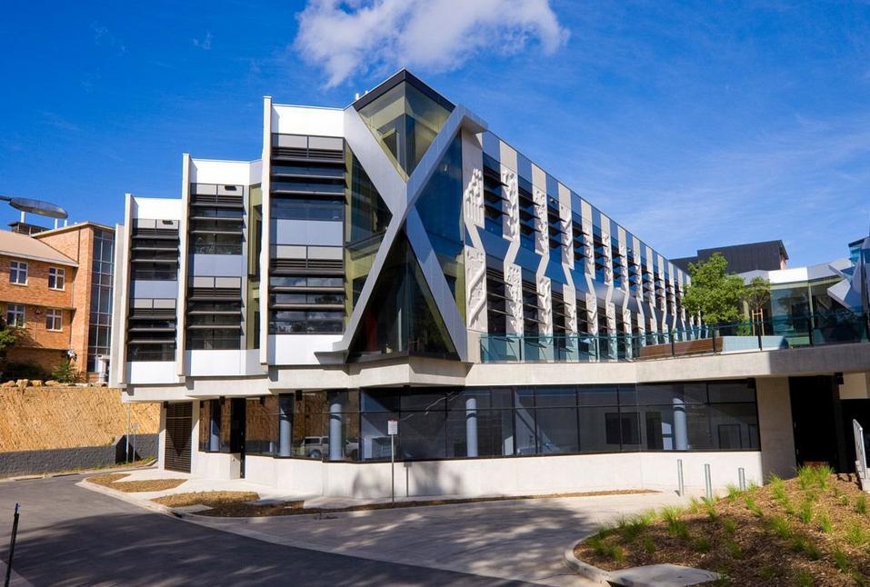澳洲护理硕士专业信息深度解读以及澳洲3所顶尖名校推荐