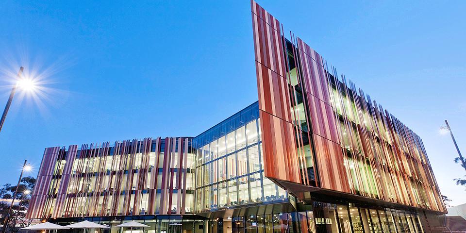 去澳洲学商科一定不能错过它!悉尼CBD开校区简直太强悍