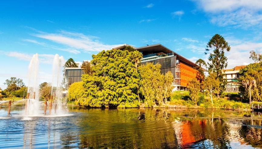 昆士兰大学硕士申请材料汇总一览  申请名校省时更省力