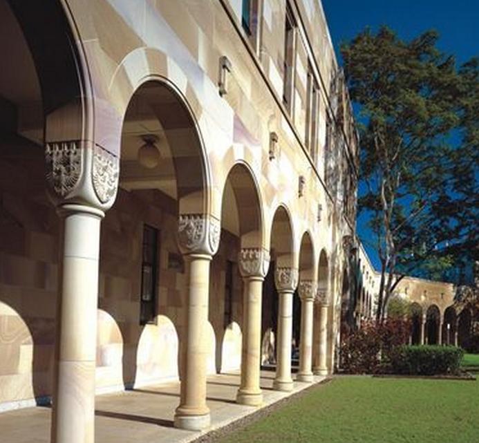 澳洲本科双录取信息详细解读  语言成绩不够也能上名校
