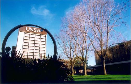 新南威尔士大学本科学费
