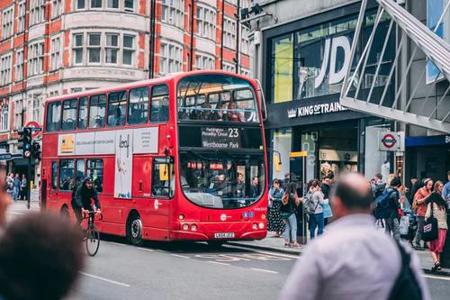 【英国学费】到英国留学一年到底需要多少钱?