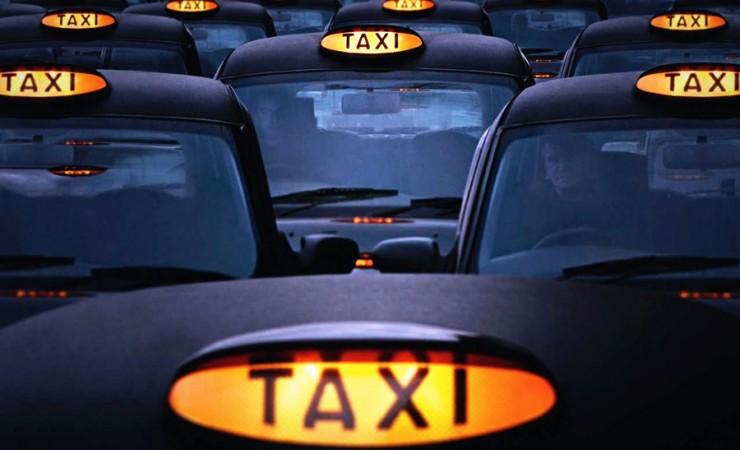 拒做英国版滴滴女孩!出国留学如何避免打车遇险?