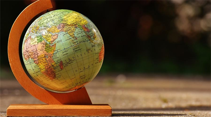 知乎热门问题:没钱也能出国嘛?留学话题领域KOL怎么回答?