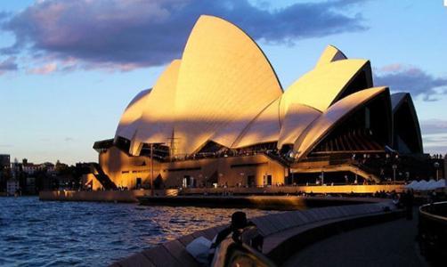 大一学生转学到澳洲读本科可以吗?做到这几点