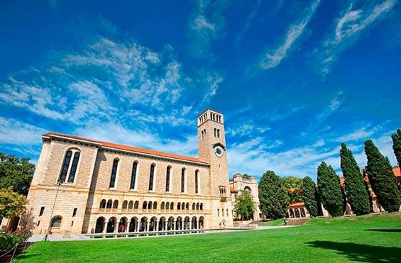 高一退学可以申请澳洲本科吗?至少需要完成大二课程!