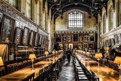 英国牛津大学本科留学条件