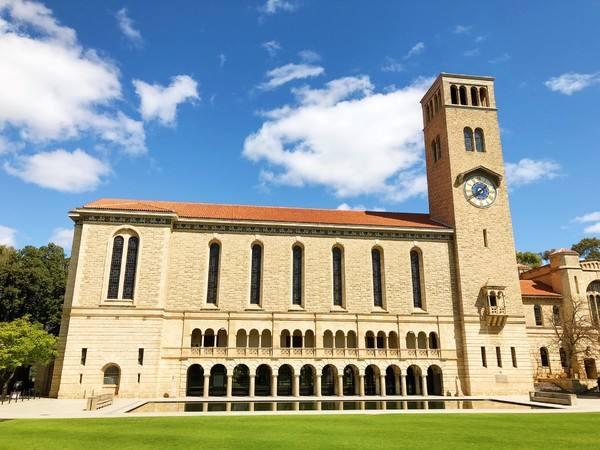 澳大利亚西澳大学本科读几年?