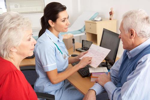 英国本科护理专业申请需要达到哪些要求?