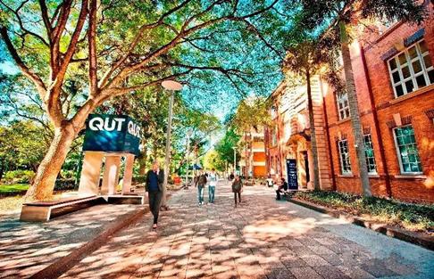 昆士兰科技大学视觉艺术专业本科申请条件