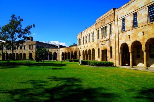 昆士兰大学预科升本科要求高吗?预科条件是?