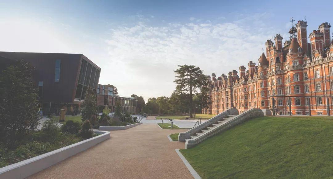颜值控必看!泰晤士排名选出的英国最美10所大学都有哪些?