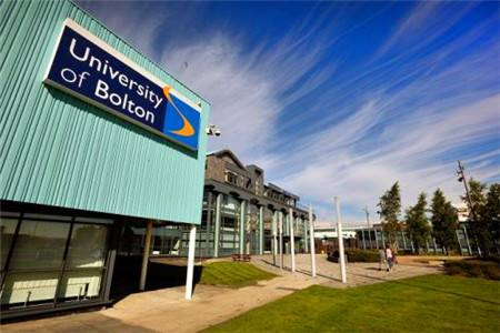 波尔顿大学研究生毕业成绩要求:关系获得几等证书