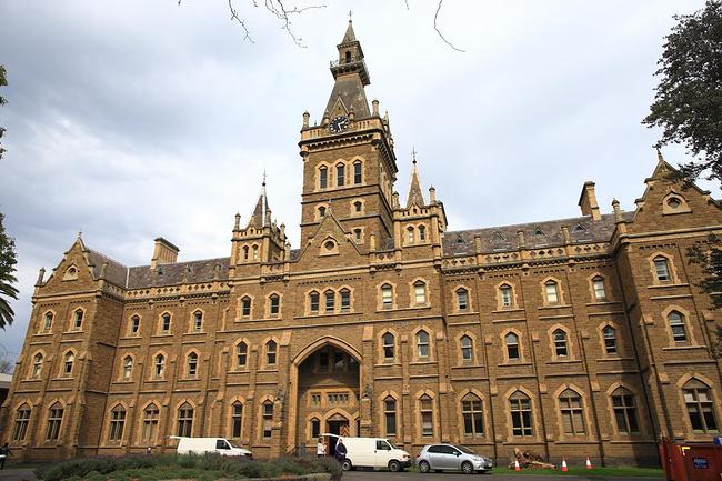 墨尔本大学的研究生能申请哪些专业?申请难度大吗?