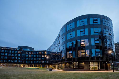 澳洲国立大学本科及研究生申请条件:硕士学费这么高?!