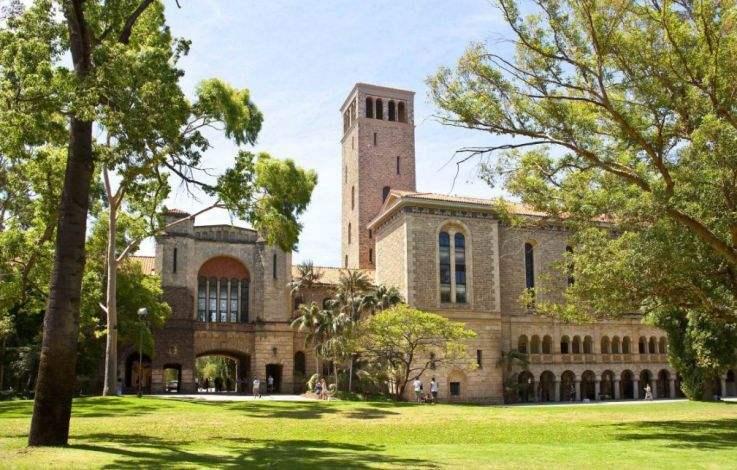 西澳大学研究生学费高吗?各专业差异较大